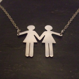 Two girls necklace
